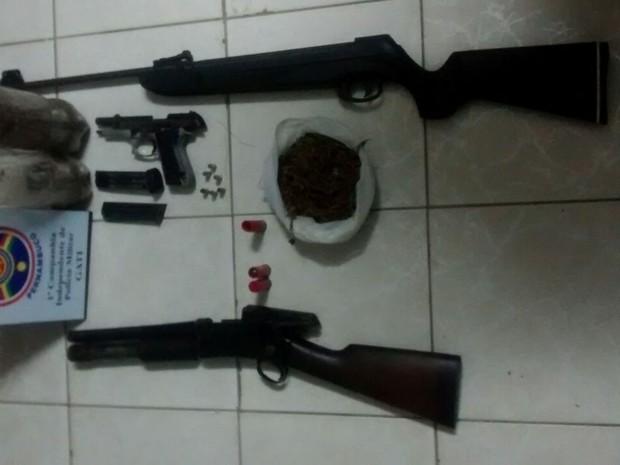 Material apreendido na Zona Rural (Foto: Divulgação / Polícia Militar)