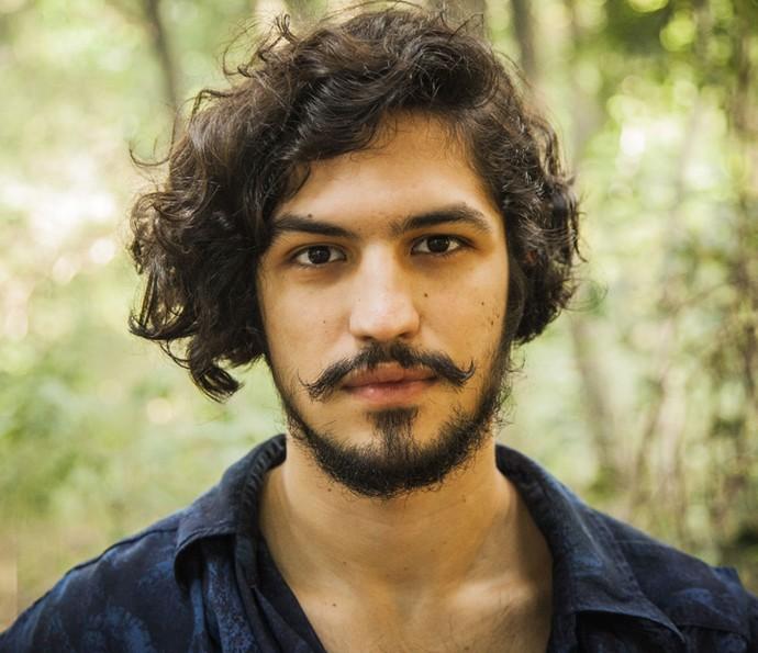 Gabriel Leone vive um momento especial em sua carreira como Miguel, em 'Velho Chico' (Foto: Caiuá Franco/ Globo)