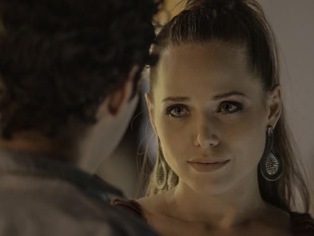 Elisa dispensa o cara (Foto: TV Globo)