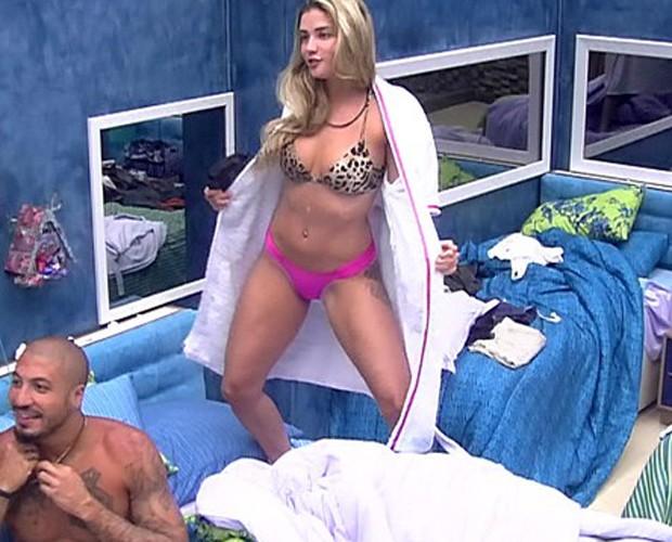 Aline (Foto: TV Globo)