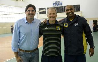 """Agora auxiliar da seleção, Anderson se espelha em Bernardinho: """"Mestre"""""""