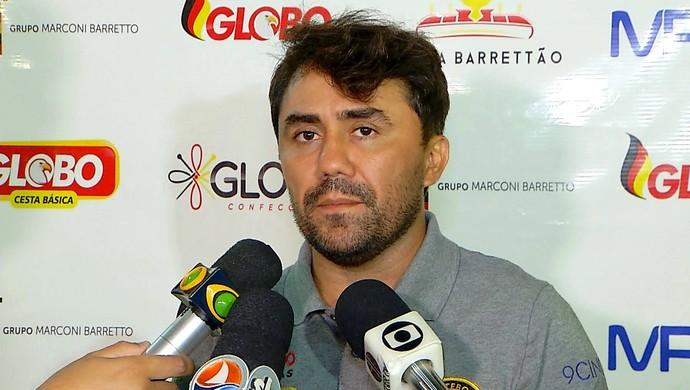 Globo FC - Luizinho Lopes, técnico (Foto: Reprodução/Inter TV Cabugi)