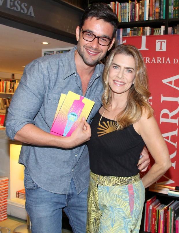 Sérgio Marone e Maitê Proença (Foto: Alex Palarea/AgNews)