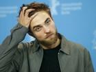 Robert Pattinson fala sobre fama, fãs e inspiração para '50 tons de cinza'