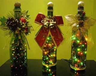 Arvore de Natal Solidária - Decoração - Garrafa de Vidro (Foto: divulgação)