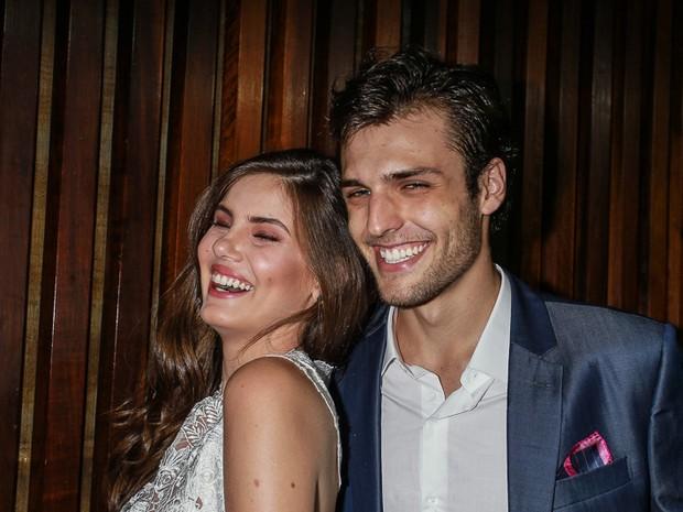Camila Queiroz com o namorado Lucas Cattani (Foto: Raphael Castello/AgNews)
