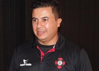 Lucas Andrade é o novo auxiliar técnico de Edson Porto no Moto Club (MA) (Foto: Andreson Lima/Assessoria de Imprensa do Moto Club)
