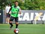 Marcos Rocha deixa lesões para trás e quer ser sempre lembrado por Tite