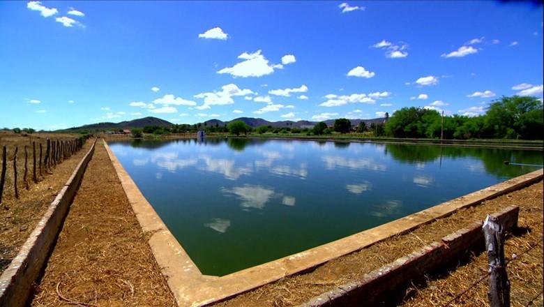 tv-rn-agua-esgoto (Foto: Reprodução/ TV Globo)