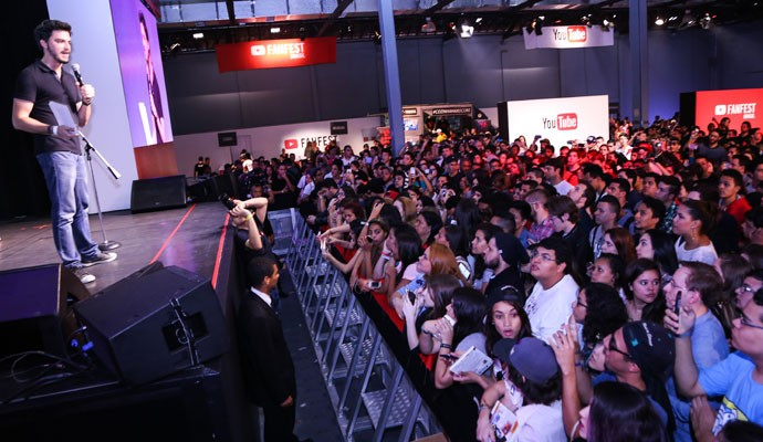 Felipe Neto na abertura do YouTube Fan Fest Brasil