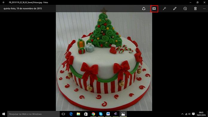 Windows 10 pode fazer apresentação de  imagens com foto da galeria (Foto: Reprodução/Elson de Souza)