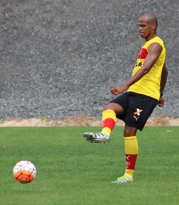henrique; henrique vitória (Foto: Francisco Galvão / EC Vitória)