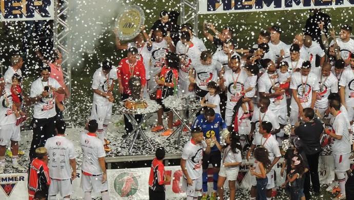 Joinville campeão catarinense 2015 (Foto: João Lucas Cardoso)