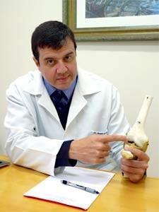 O médico ortopedista Renato Bevilacqua de Castro que faz terapia com PRP, em Campinas  (Foto: Divulgação)