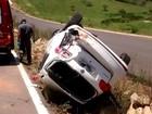 Tenente da PM morre após capotar carro em rodovia de São Pedro, SP