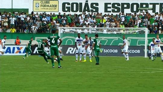 "Cotado como craque do Goianão, Tiago Luís exalta momento superior aos tempos de ""Messi brasileiro"""