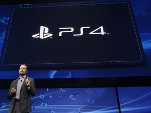 Andrew House anunciou novo PlayStation 4 nesta quarta-feira (20) nos EUA. (Foto: Reprodução) (Foto: Reuters)