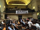 Projeto que proíbe Uber no Rio não é votado por falta de quórum na Câmara