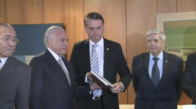 Reforma da Previdência é destaque no primeiro encontro entre Bolsonaro e Temer