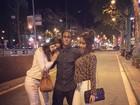 Neymar posa com a irmã e Bruna Marquezine: 'Meninas da minha vida'