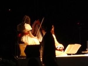 Isabel Damas Martins, de 11 anos, toca violino no Nativitaten (Foto: Felipe Truda/G1)