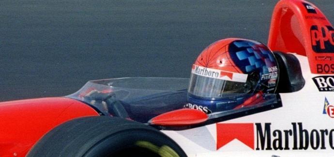 Emerson Fittipaldi foi outro brasileiro a contar com capacete criado por Sid Mosca (Foto: Getty Images)