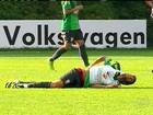 Neymar se choca com Hernanes em treino e vira dúvida para amistoso