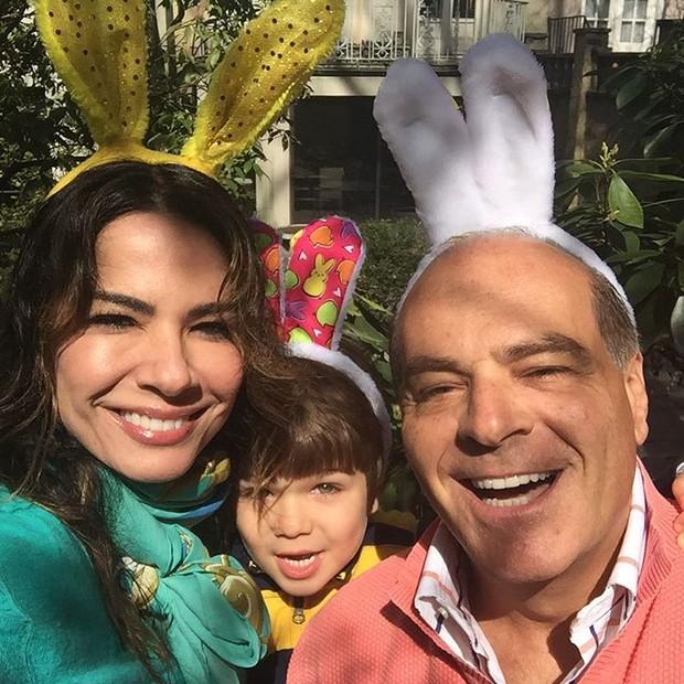Luciana Gimenez com a família (Foto: Instagram / Reprodução)