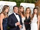 Sylvester Stallone vai com a mulher e as filhas modelos no Globo de Ouro