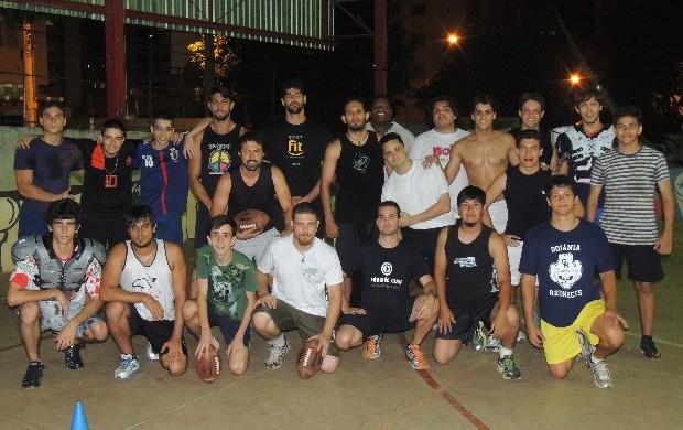 'Caipiras' do Goiânia Rednecks lutam para vencer no futebol americano time todo (Foto: Sílvio Túlio/Globoesporte.com)