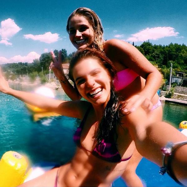 Mariana Goldfarb e Yasmin Polvato (Foto: Reprodução/Instagram)