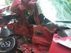 Carro invade a pista contrária e motorista morre em São Roque