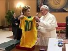 Dilma encontra Papa no Vaticano e o convida para Copa do Mundo