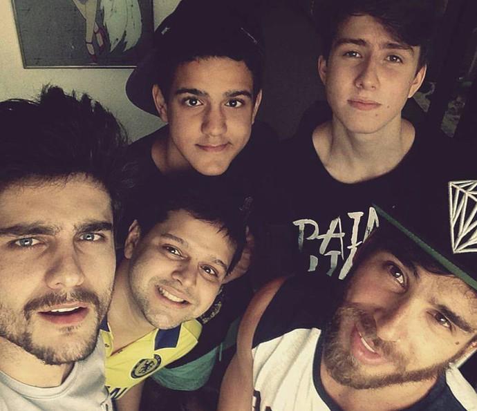 Mauro Cominato, Guilherme Leicam e amigos (Foto: Arquivo pessoal)