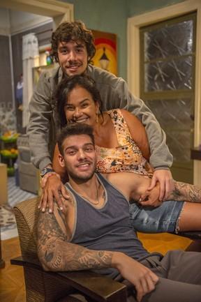 Vitor Novello, Solange Couto e Lucas Lucco na nova temporada de Malhação (Foto: Globo/Renato Rocha Miranda)