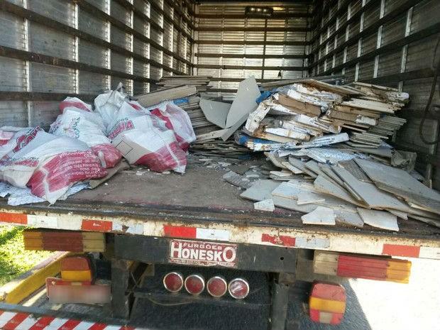Carga furtada estava dentro de caminhão do vereador (Foto: Cristiano Ferreira/Geral de Notícias)
