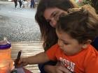Cristiana Oliveira paparica o neto: 'Coisa linda da vovó!'