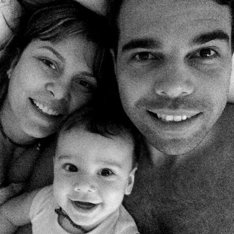 Bárbara Borges com o filho, Martin, e o marido, Pedro Delfino (Foto: Reprodução)