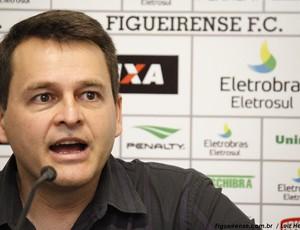 Leandro Niehues, coordenador de futebol do Figueirense (Foto: Luiz Henrique, divulgação / FFC)