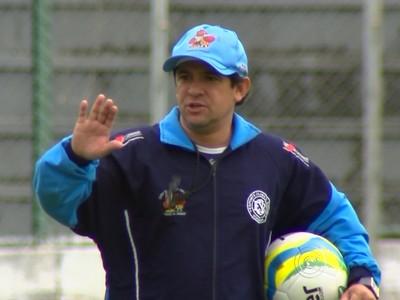 Vitor Mosca, técnico do São Bento (Foto: Reprodução / TV TEM)