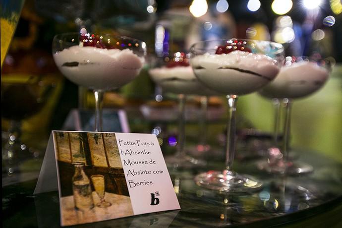 Mousse de absinto com berries (Foto: Camila Camacho / Gshow)