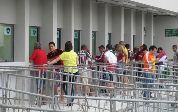 bilheteria Fluminense x Botafogo arena pernambuco (Foto: Fred Huber)
