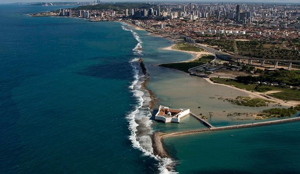 Praia do Forte é uma das que estão impróprias para banho (Foto: Canindé Soares)