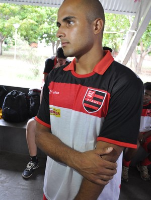 Lucca Vieira não esconde a ansiedade em defender o Flamengo-PI (Foto: Renan Morais/GLOBOESPORTE.COM)