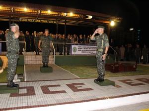 Troca de comando da 17ª Brigada de Infanria de Selva (Foto: Ivanete Damasceno/G1)