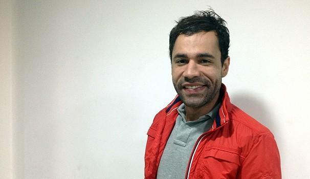 Rodrigo Sant'Anna será uma catadora de latinhas que precisa sustentar 13 filhos na série  (Foto: TV Globo/ Divulgação)