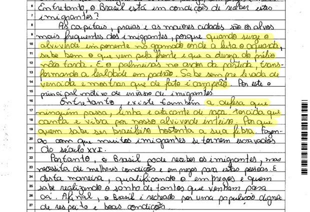 Trecho da redação do Enem de candidato que incluiu hino do Palmeiras ao falar sobre imigração (Foto: Reprodução)