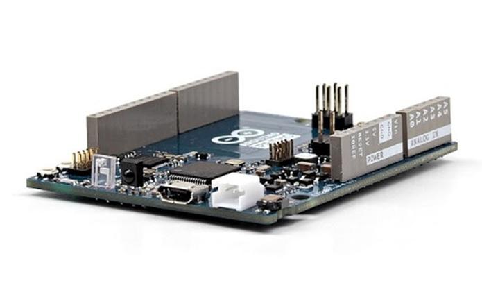 Arduino Primo tem controlador wireless embutido para economizar espaço em instalações que precisam de Wi-Fi (Foto: Divulgação/Arduino)