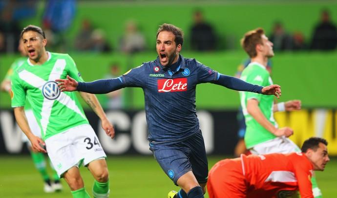 Higuain - Napoli x Wolfsburg (Foto: Getty Images)