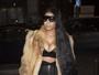 Nicki Minaj usa decote 'explosivo' e visual Rapunzel para badalar